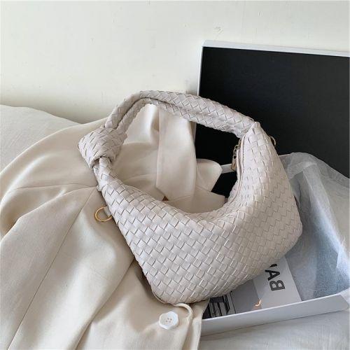Фото Модная мини-сумка из искусственной кожи - ukrfashion.com.ua
