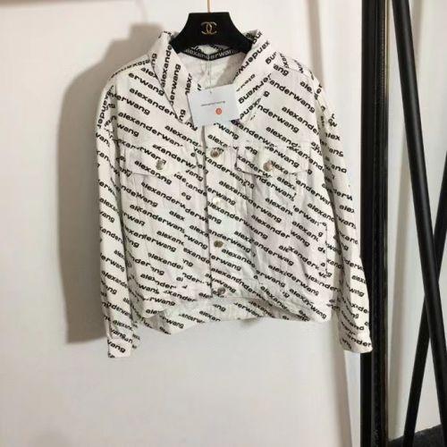 Фото Костюм джинсовый женский (куртка и шорты) - ukrfashion.com.ua