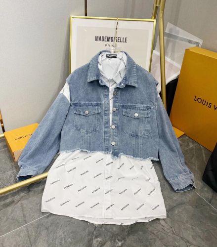 Джинсовая жилетка с рубашкой