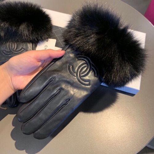 Перчатки из овчины и меха лисы