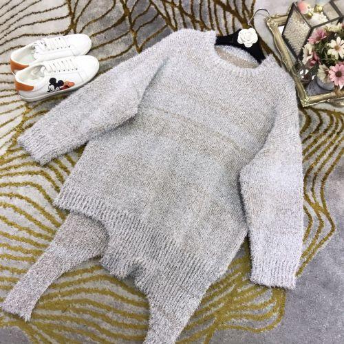 Шелковый свободный свитер