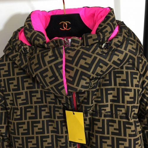 Фото Куртка очень теплая на пуху - ukrfashion.com.ua