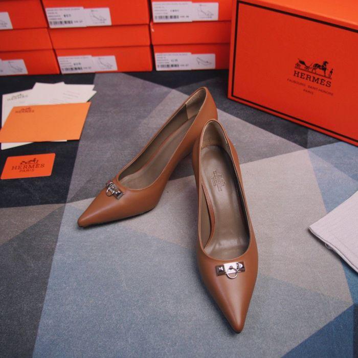 Фото Туфли на высоком каблуке - ukrfashion.com.ua