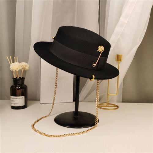 Фото Женская шерстяная шляпа в стиле ретро - ukrfashion.com.ua