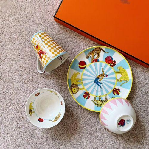 Фото Набор посуды из фарфора, 4 предмета - ukrfashion.com.ua
