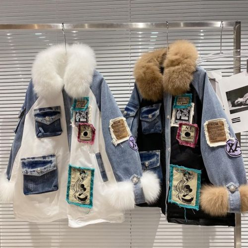 Фото Джинсовая куртка, воротник из лисьего меха - ukrfashion.com.ua
