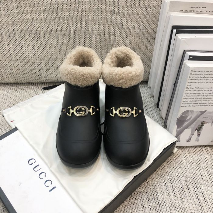 Фото Ботильоны с пряжкой Hot Horsebit из натуральной кожи - ukrfashion.com.ua
