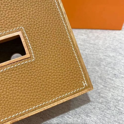 Фото Коробка для салфеток Pleiade из массива красного дерева - ukrfashion.com.ua