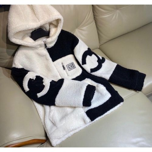 Фото Куртка из овечьей шерсти утолщенная - ukrfashion.com.ua