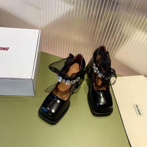 Фото Туфли женские на высоком каблуке - ukrfashion.com.ua