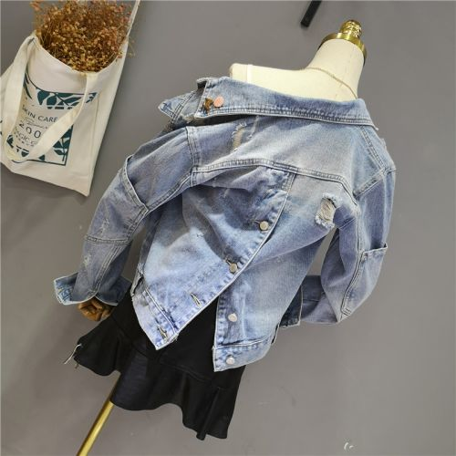 Фото Куртка джинсовая женская - ukrfashion.com.ua