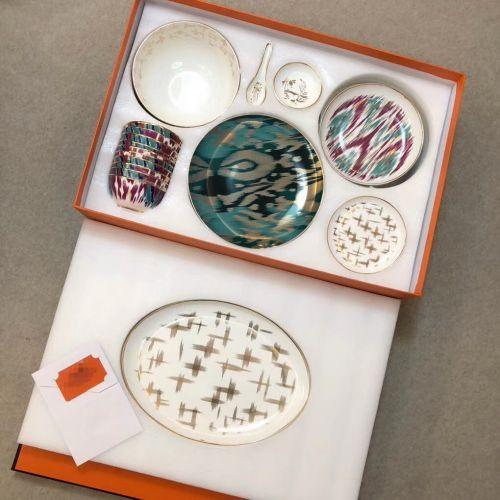 Фото Набор посуды из 52 элементов серии Ica Journey, фарфор - ukrfashion.com.ua