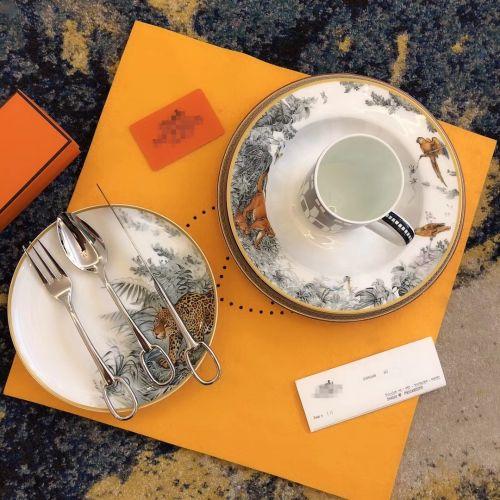 Фото Набор столовых приборов на одну персону (ложка, вилка, нож) - ukrfashion.com.ua