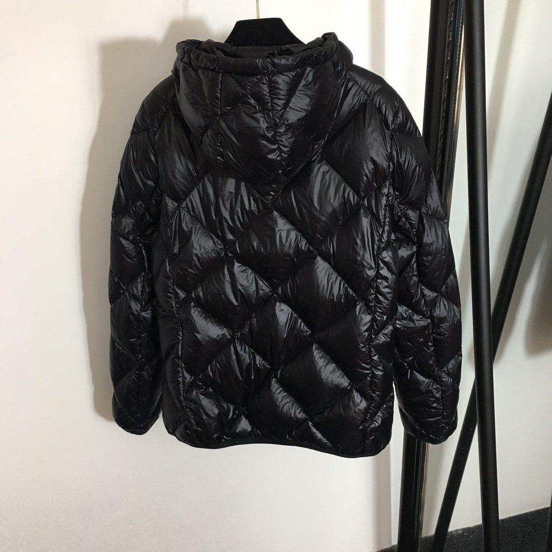 Moncler Куртка женская