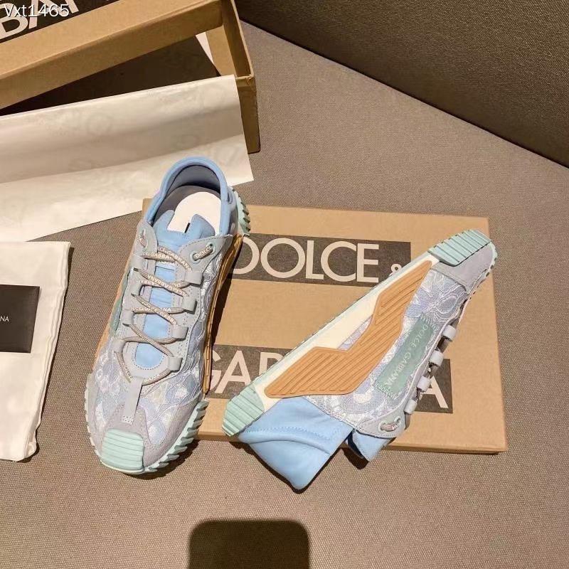 Dolce & Gabbana Кроссовки женские, цвет голубой