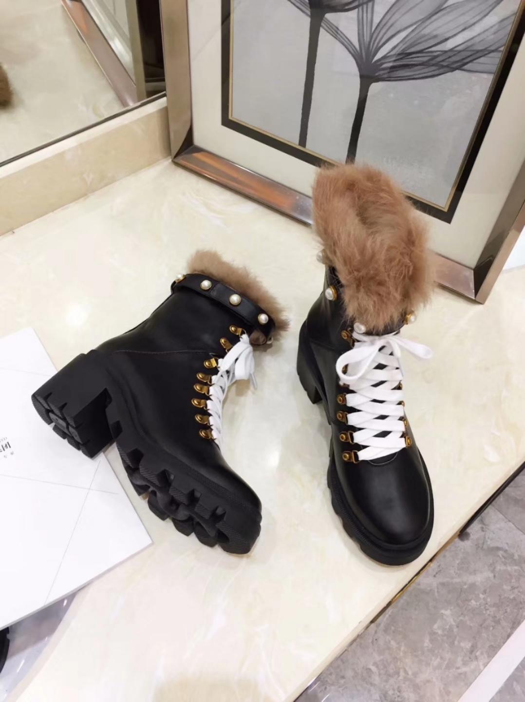 Фото Женские кожаные ботинки зимние на меху - ukrfashion.com.ua