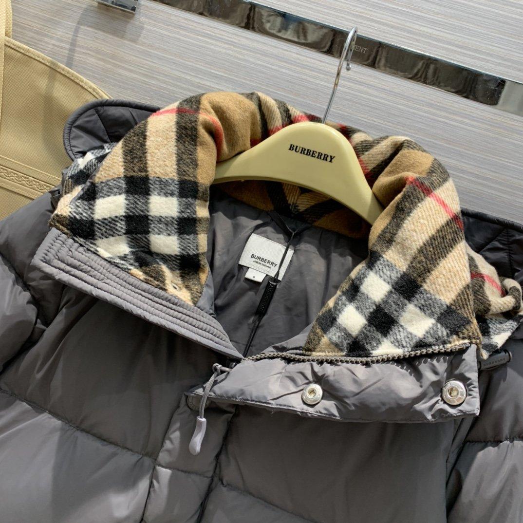 Burberry Куртка 200110