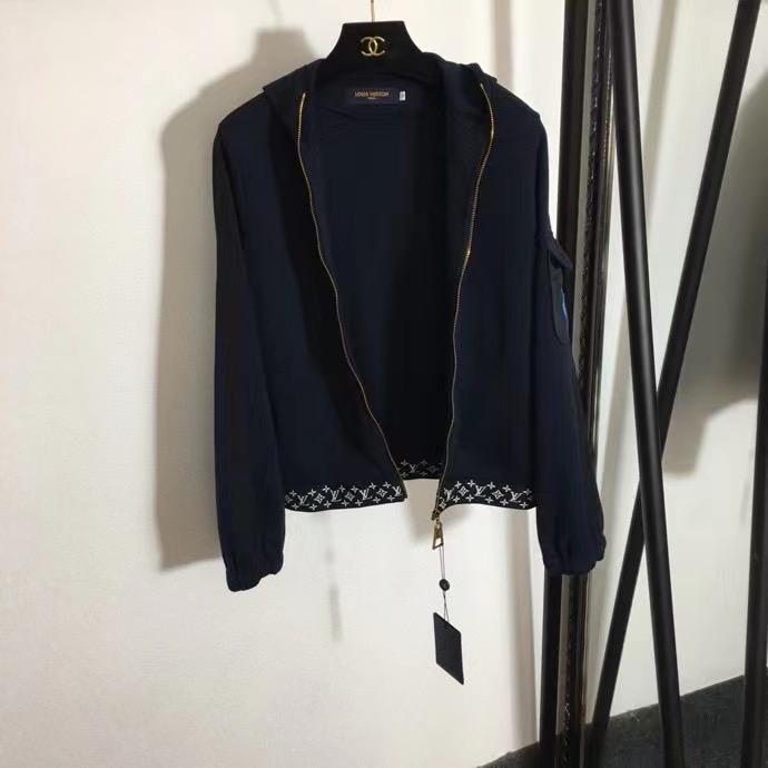 Louis Vuitton Костюм спортивный (кофта и шорты)