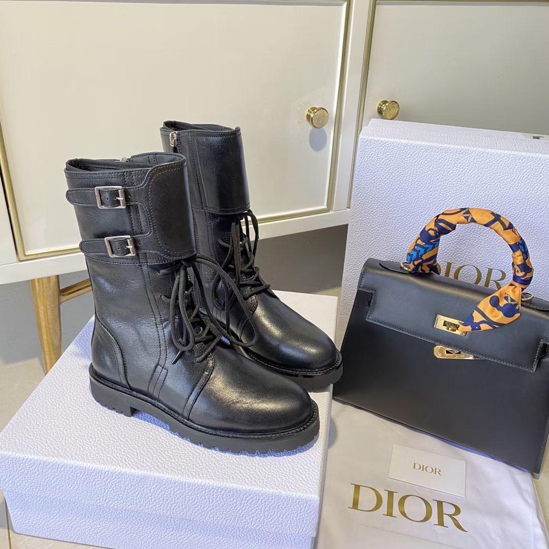 Dior Сапоги женские из телячьей кожи