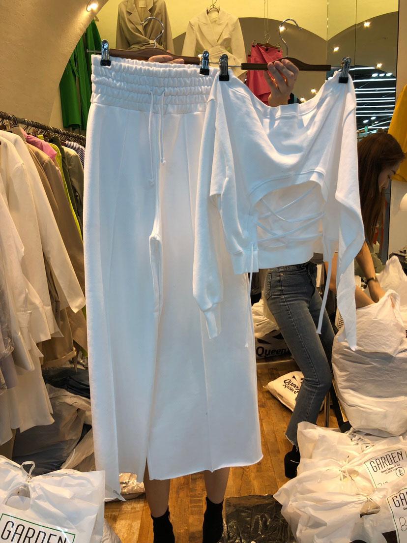 UkrFashion Модный женский костюм, весенний хит