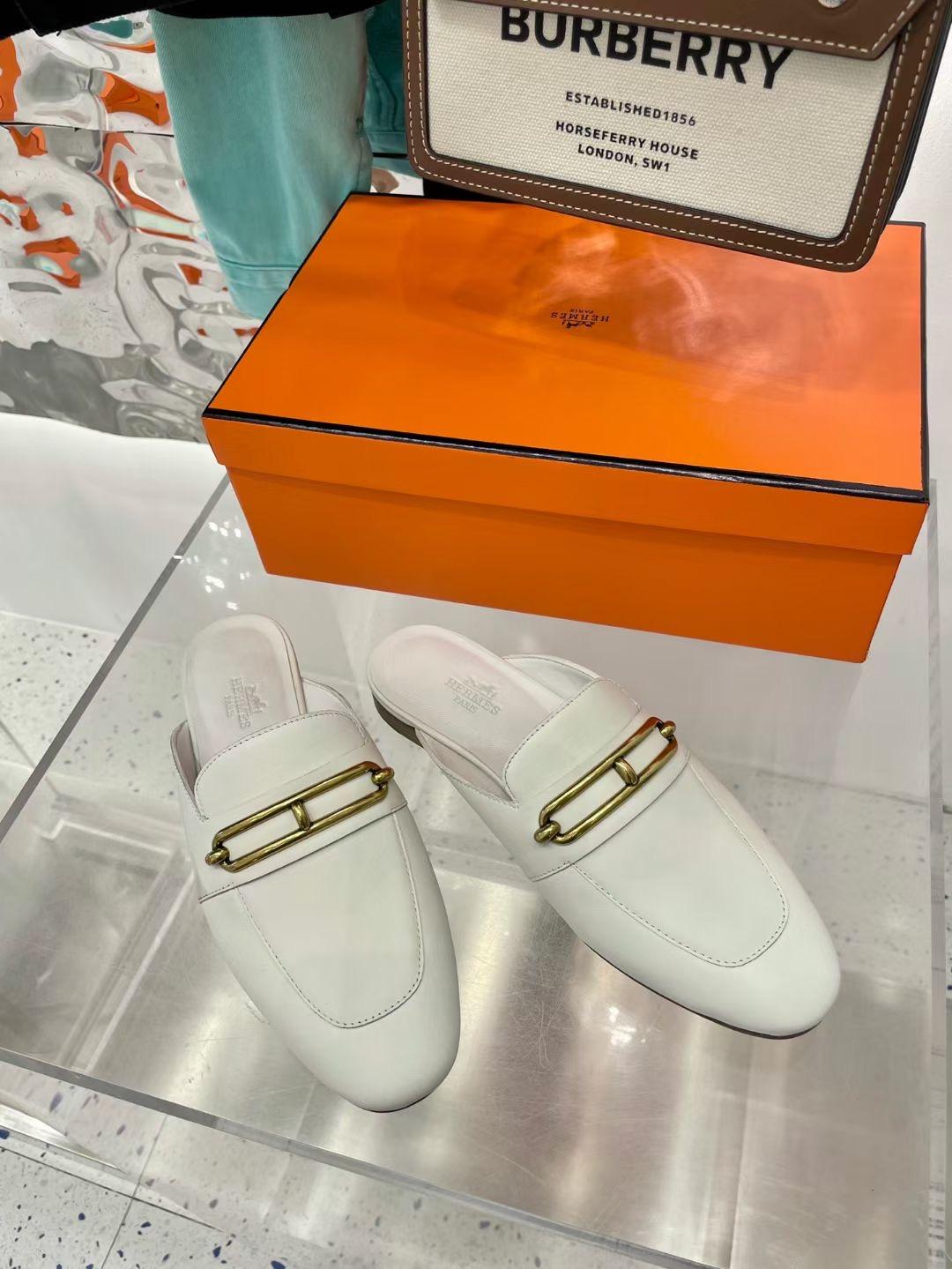Hermes Женские туфли с открытой пяткой, белые