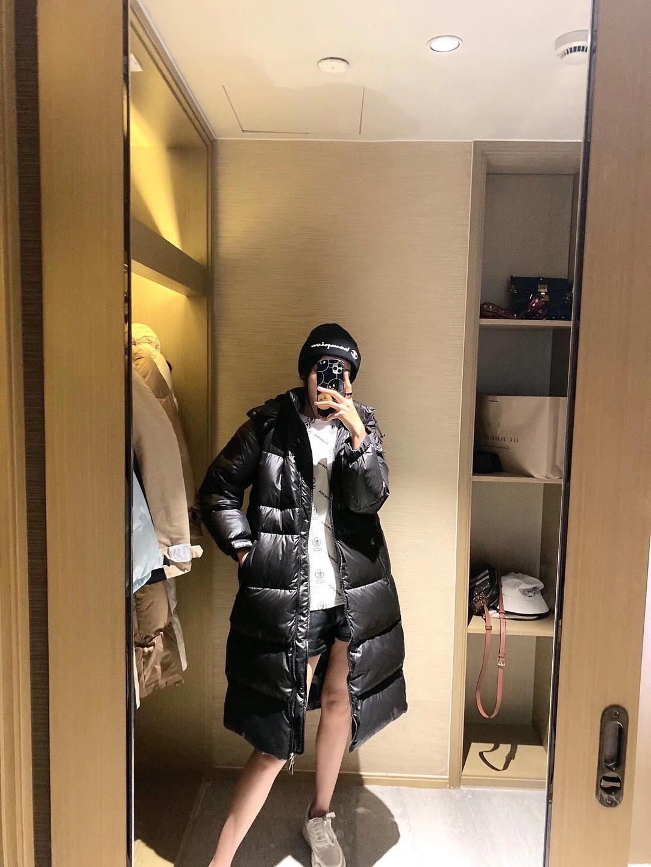 Moncler Зимняя куртка сезона 2020