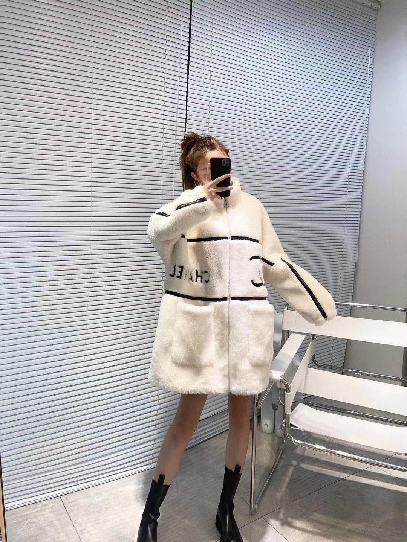 Chanel Пальто oversize