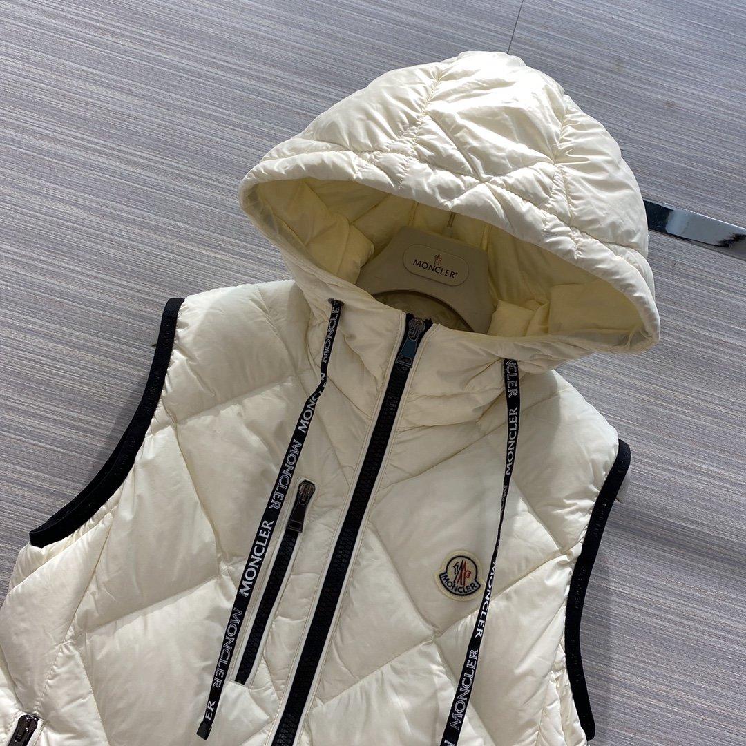 Moncler Куртка 181165
