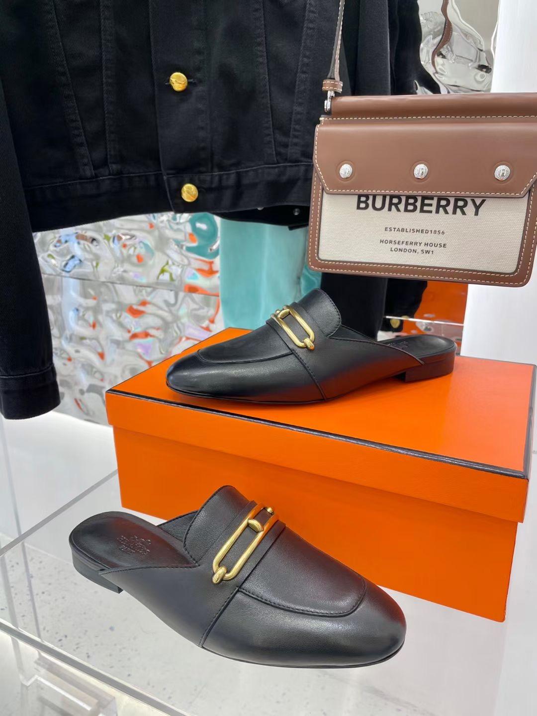 Hermes Женские туфли с открытой пяткой, черные