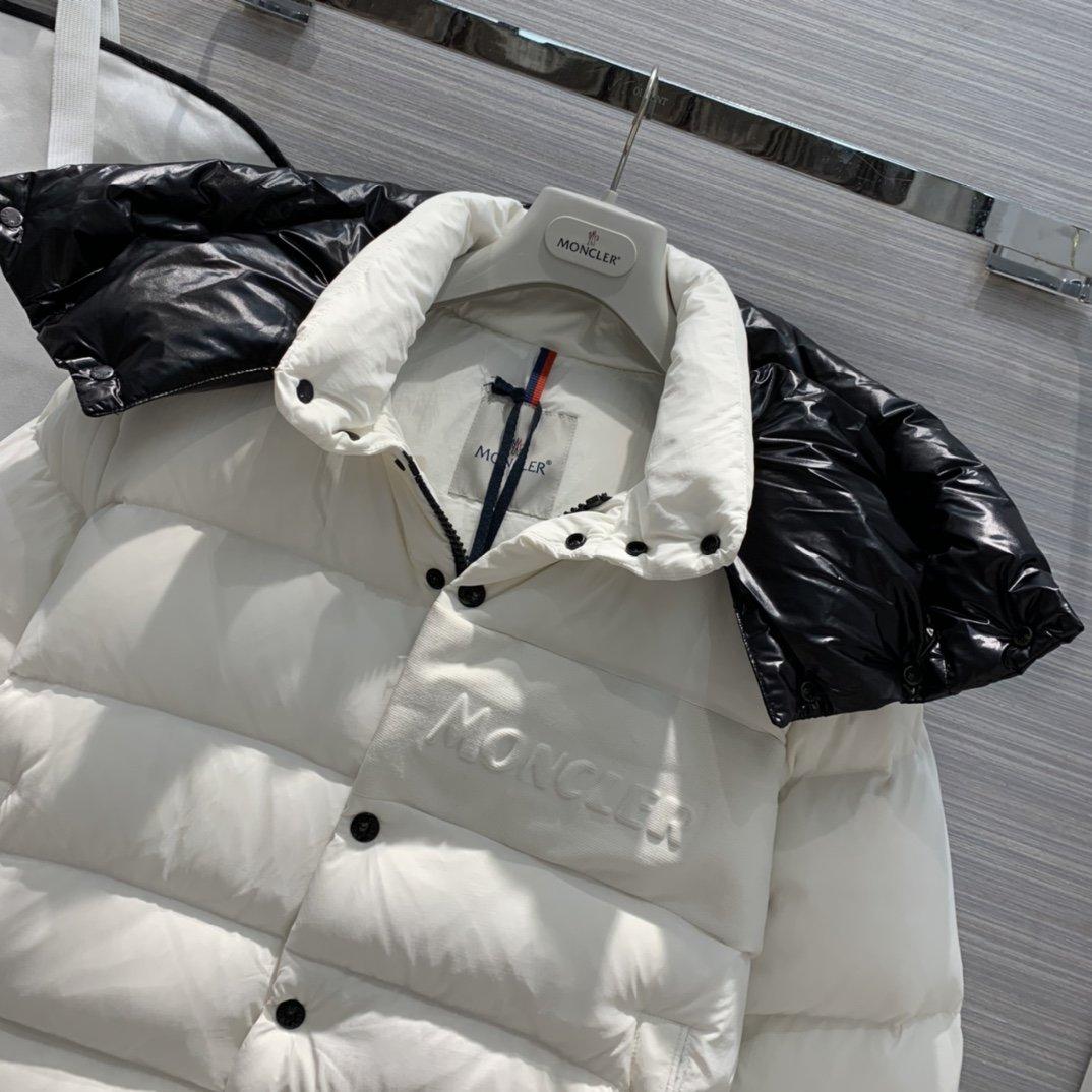 Moncler Куртка 193496