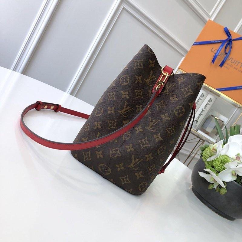 Louis Vuitton Сумка 215681