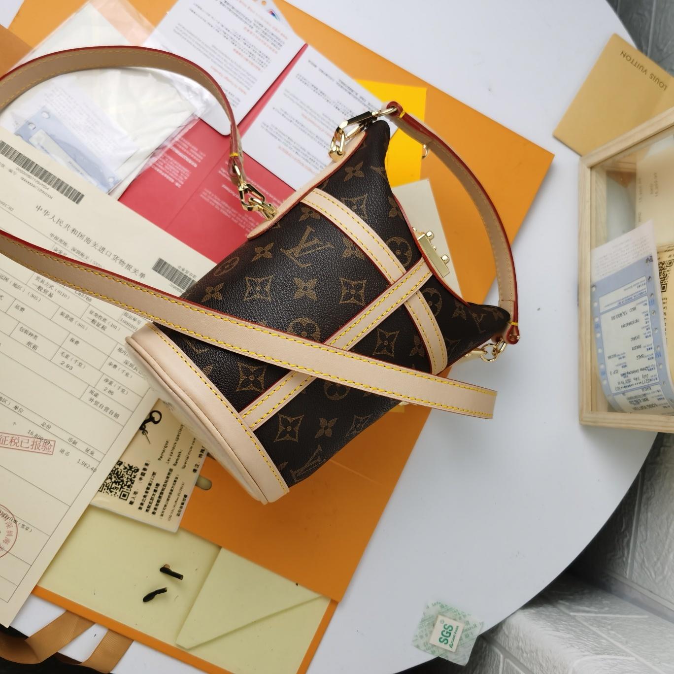 Louis Vuitton Сумка 215444