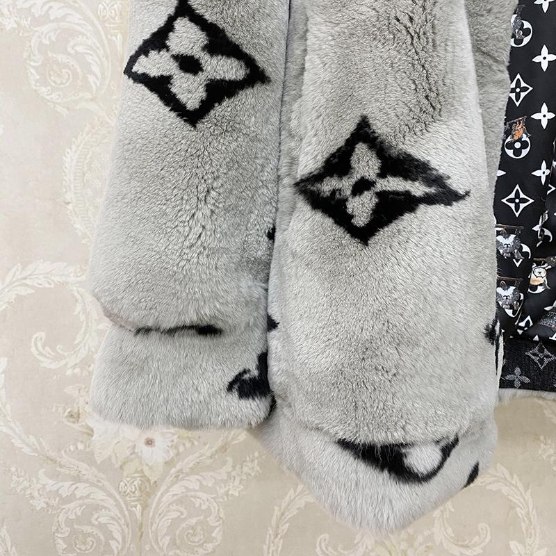Chanel Зимняя шуба с натурального меха кролика, Новинка 2020 года