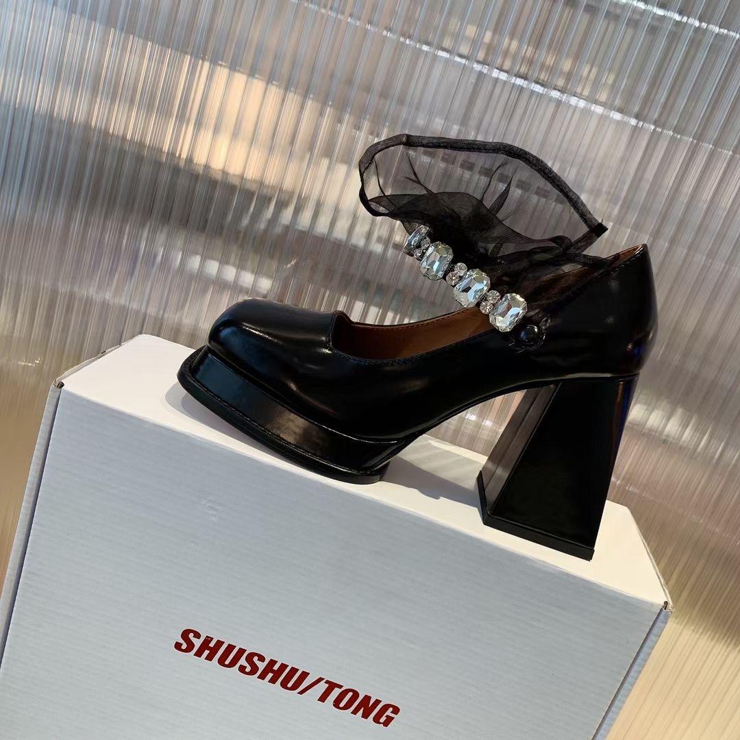 UkrFashion Туфли женские на высоком каблуке