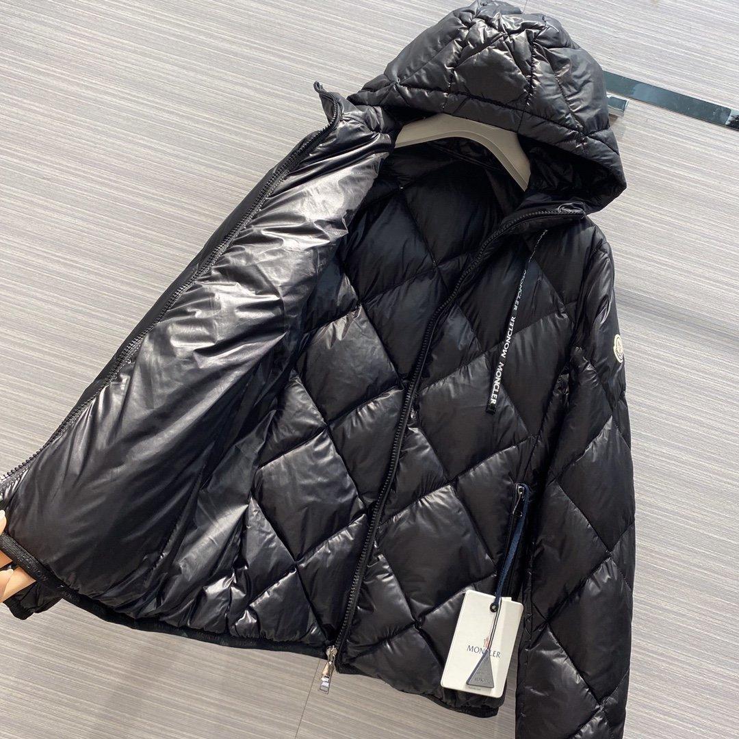 Moncler Куртка 181161