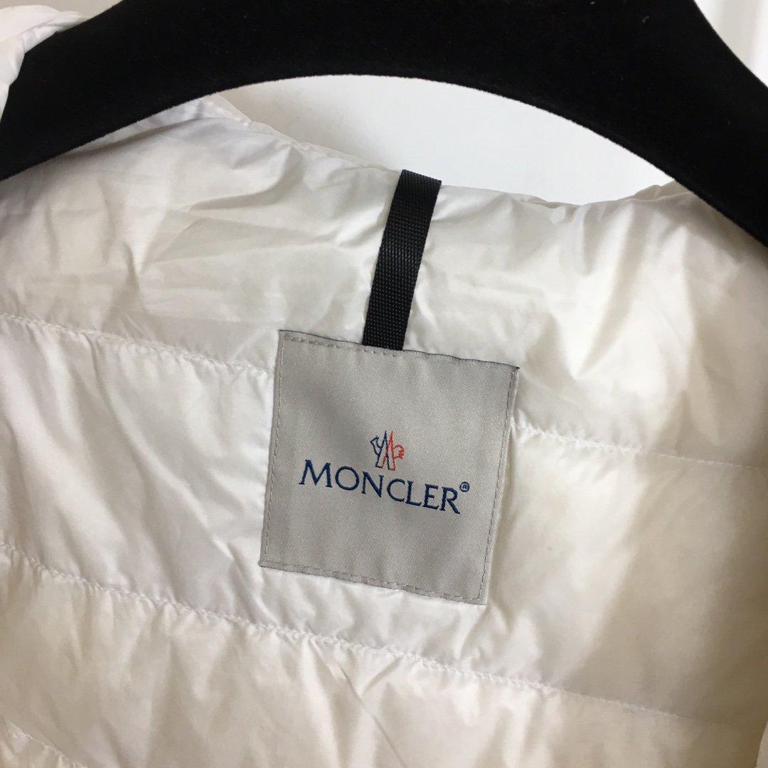 Moncler Куртка 199718