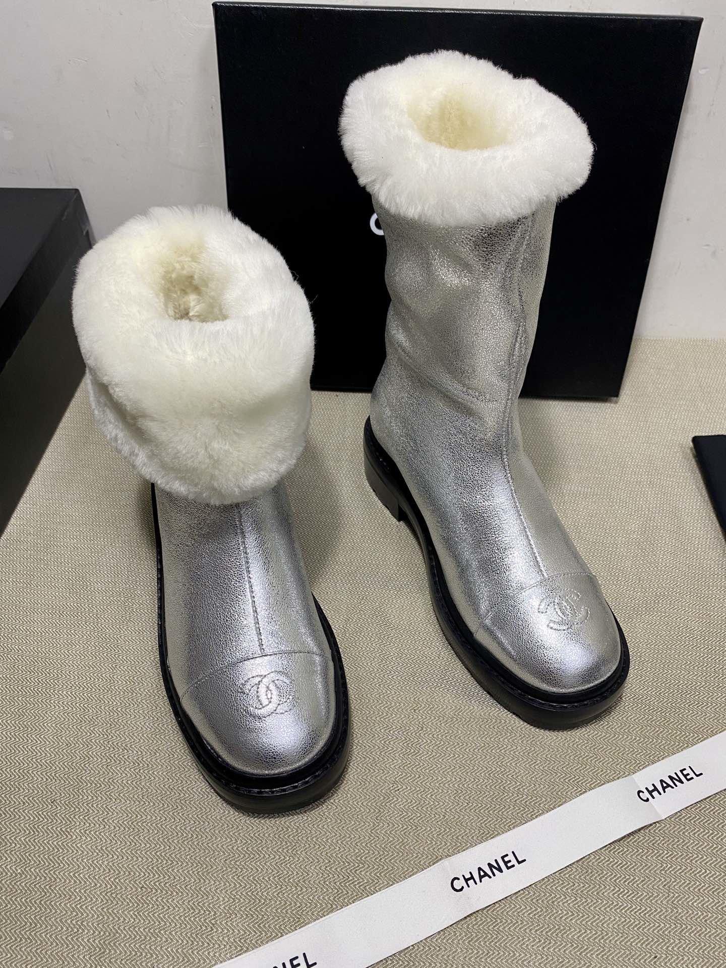 Chanel Сапоги серебренные из натуральной конской кожи + мех