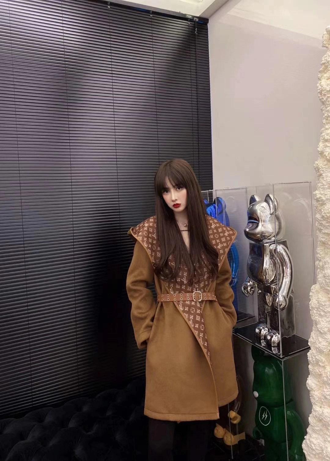 Louis Vuitton Пальто