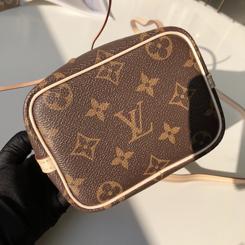 Louis Vuitton Сумка 215550