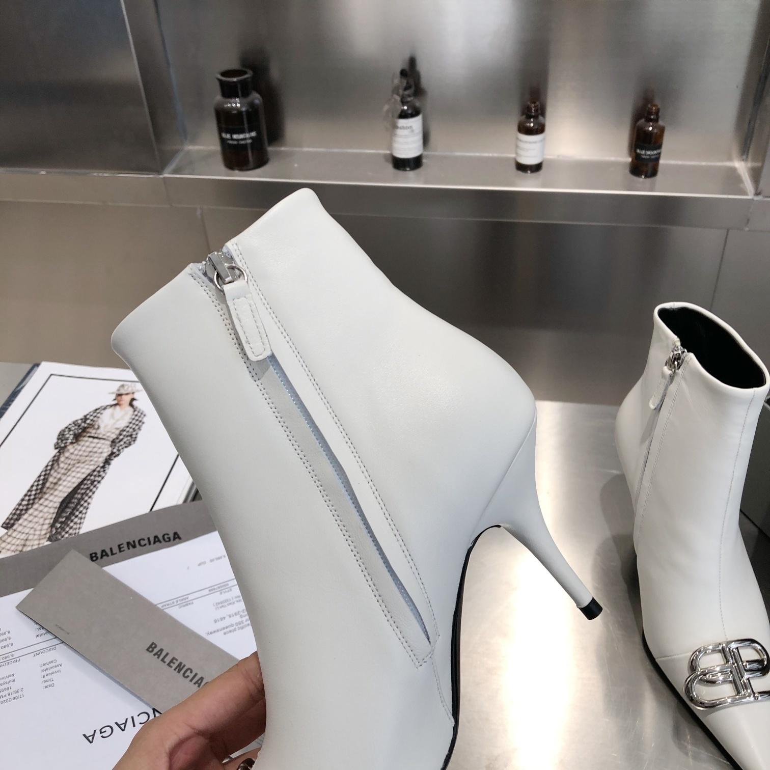 Balenciaga Ботинки на высоком каблуке с острым носком