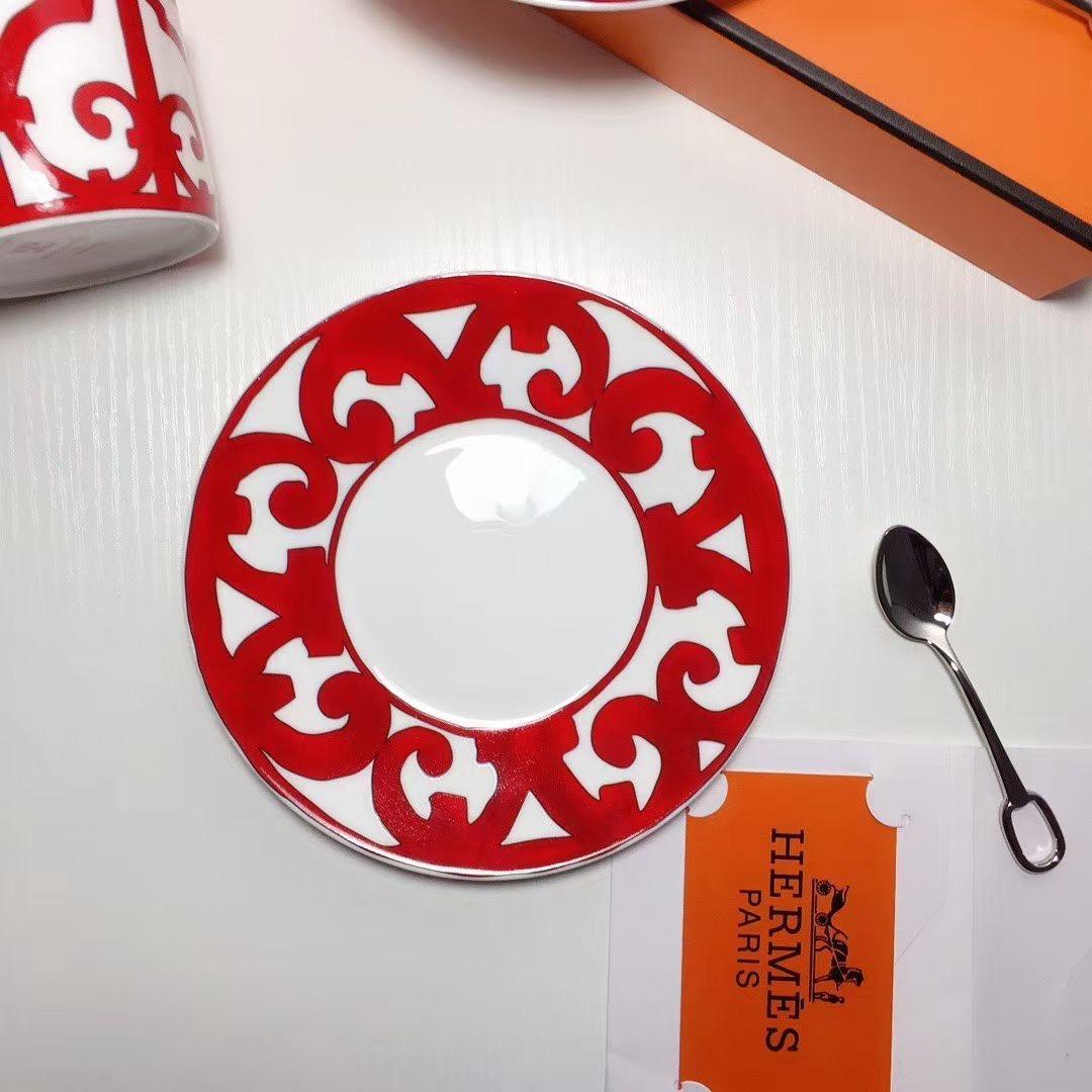 Hermes Набор чашек с блюдцем и ложками