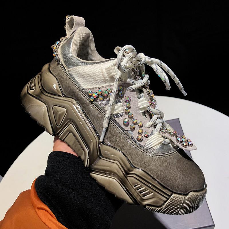 Фото Стильные кроссовки женские с камнями - ukrfashion.com.ua