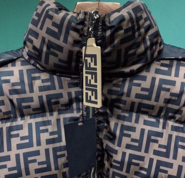 Fendi Куртка зимняя, двухсторонняя