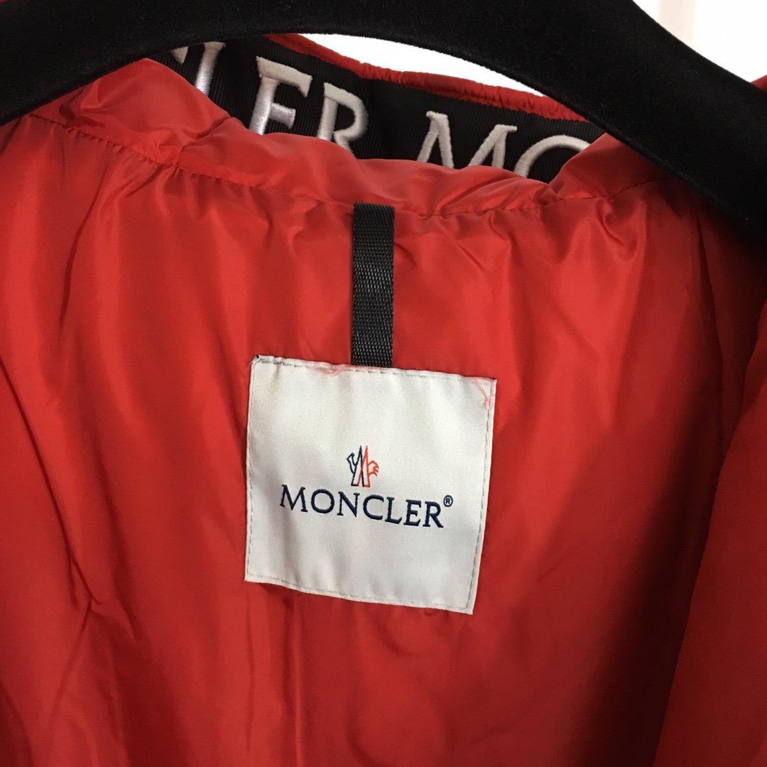 Moncler Куртка 199722