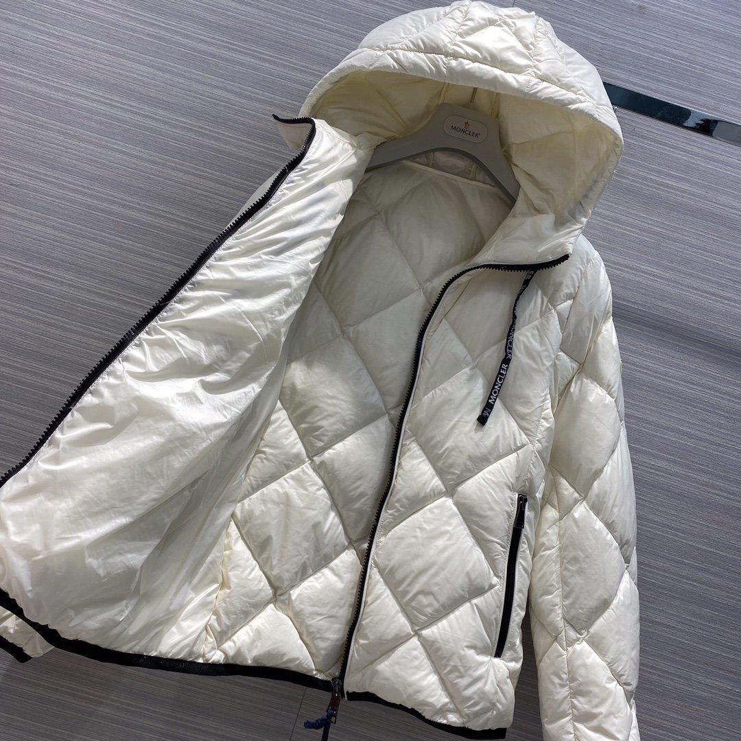 Moncler Куртка 181162