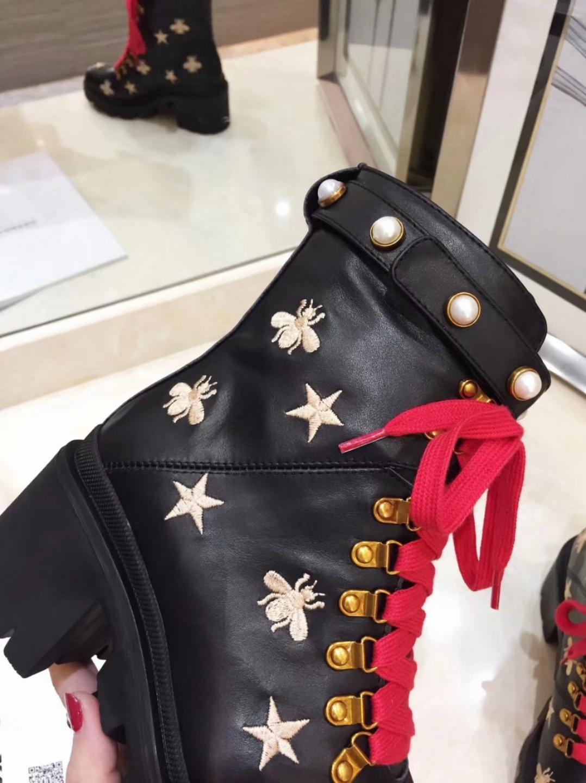 Gucci Женские кожаные ботинки