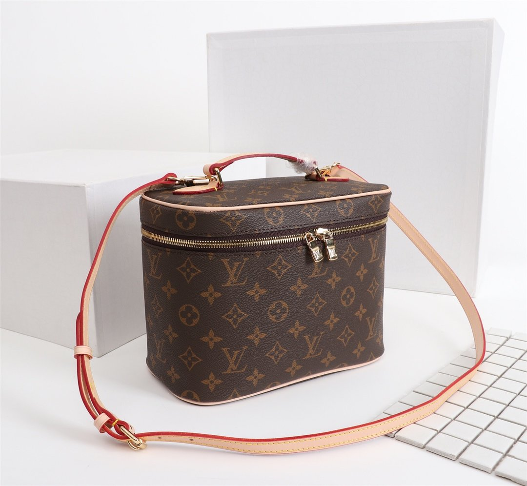 Louis Vuitton Сумка Voyage M42265Nice BB
