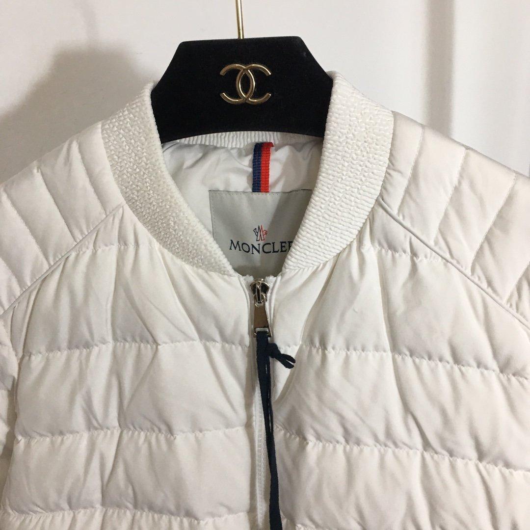 Moncler Куртка 193391