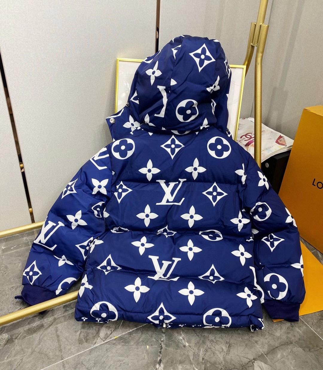 Louis Vuitton Пуховик женский двухсторонний
