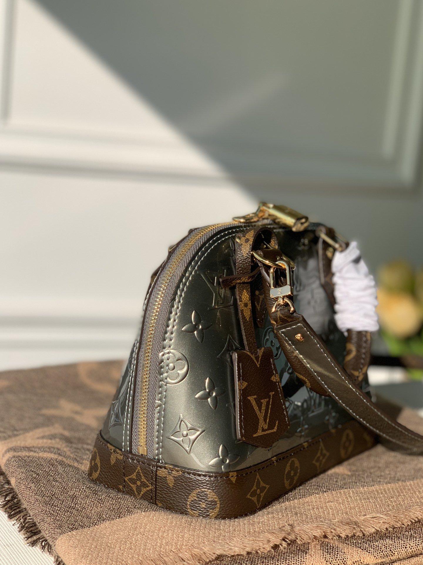 Louis Vuitton Сумка Alma BB M90584